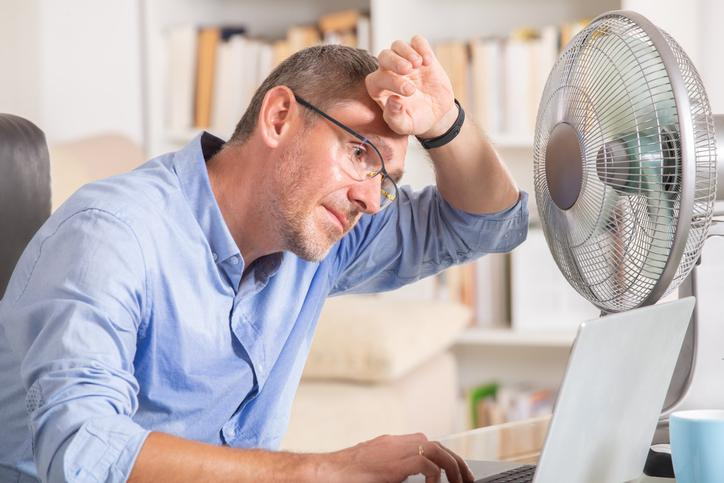 Sommervarmen påvirker arbejdsmiljøet